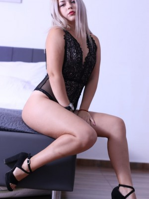 אילנה – בחורה סקסית בצפון - נערות ליווי בחיפה