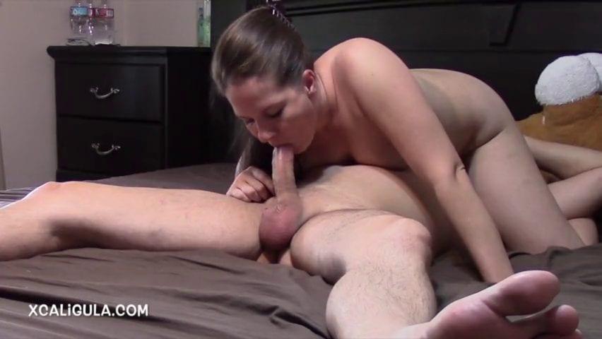 מילפית מוצצת זין ב-69 - סרטי סקס
