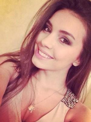 בת 23 צעירה מטריפה - נערות ליווי באשדוד