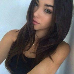 צעירה יפיפייה בדירה בחיפה - דירות דיסקרטיות בחיפה