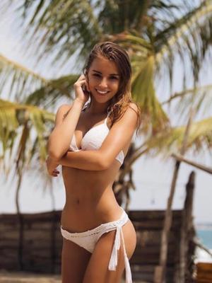 סוזי הכי סקסית במרכז - נערות ליווי בבת ים