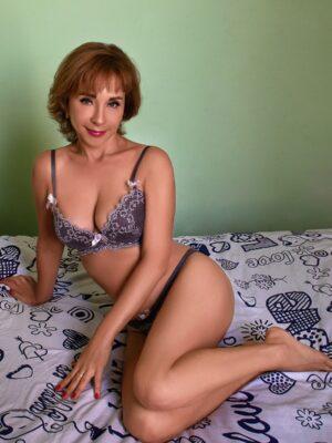 אישה חדשה בתל אביב (רק בווטסאפ) - דירות דיסקרטיות בתל אביב